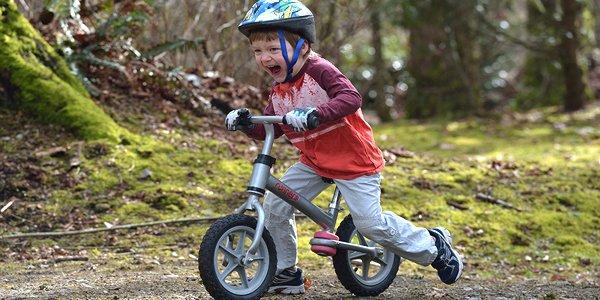 Comment apprendre à son enfantà faire un vélo ?