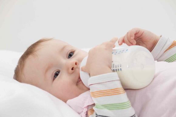 La stérilisation des biberons est-elle nécessaire?