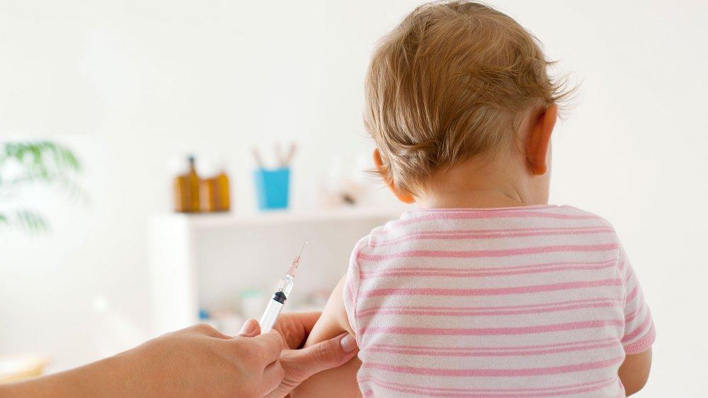 Les vaccins pour bébé de 4 mois